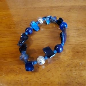 Jewelry - 🟢$10 SALE Blue and Silver Toned Beaded Bracelet